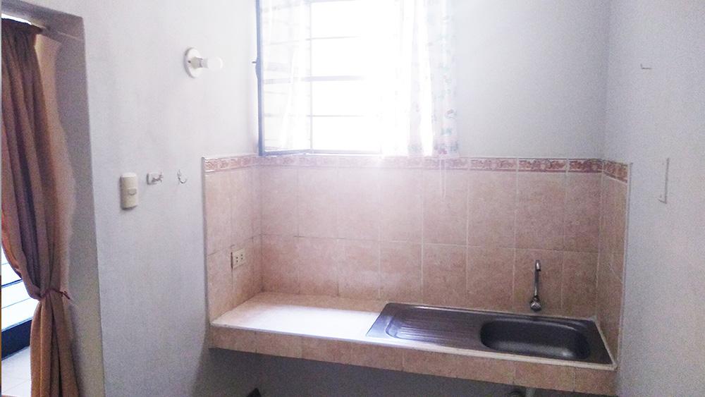 MD01 Alquiler Minidepartamento en Pueblo Libre - Vista de la Cocina - Comedor - CasasDepasyCuartos.com